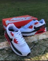 Vendo Tênis Nike AirMax 90 ( 120 com entrega)