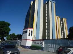 Apartamento com 3 dormitórios à venda, 97 m² por R$ 250.000 - Parangaba - Fortaleza/CE