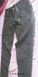 Título do anúncio: Calça de couro ecológico nova