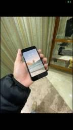 iPhone 8, semi novo