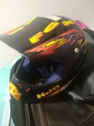 capacete sem viseira para trilha