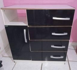 Cômoda 4 gavetas e 1 compartimento