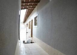 Título do anúncio: Casa em Cristóvão Colombo-Amanda