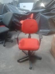 Cadeira Executiva Giratória Com Braços Tecido Preto - laranja - vermelho