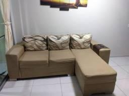 Vendo lindo sofá de 2 lugares com chaise.