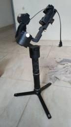 Gimbal Estabilizador Zhiyun-Tech Crane Plus 2,5Kg Usado