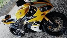 Yamaha R1 edição especial - 2006