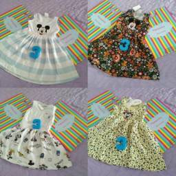 Conjuntinhos e vestidos infantis