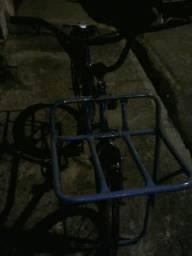 Vendo uma bicicleta cargueira