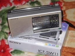Radio Sony ICF-SW11 am/fm/sw multi bandas novo na caixa sem uso em Poa-rs