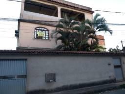 Apartamento em Rosa da Penha com 03 Quartos