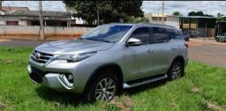 Toyota hilux sw4 16/16 7 lugares - 2016