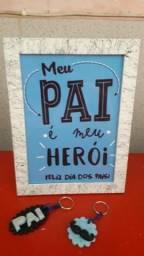 Kit quadrinho + chaveiros em Biscuit para presentear no Dia dos Pais