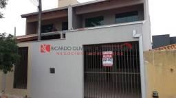 Casa sobrado com 3 quartos - Bairro Residencial Abussafe em Londrina