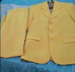 Terno amarelo