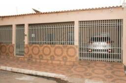 Casa com 2 dormitórios à venda, 150 m² por R$ 230.000,00 - Cpa IV