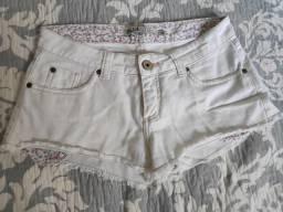 Shorts clarinho