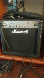 Caixa amplificada Marshall MG 15 cd *