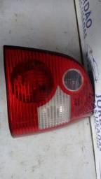 Lanterna traseira direita polo 2003/2006.