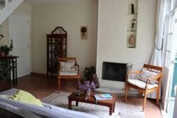Apartamento em Condomínio nas Braunes ( aceito permuta casa maior  valor em  N. F. )