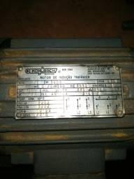 Motor elétrico trifásico 1CV (220V / 380V) Alta rotação