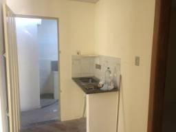 Aluga-se Casa no Bairro Nova Esperança, Belo Horizonte - MG