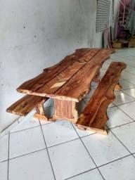 Mesa rústica de madeira maciça talhada 8 lugares 2,45x0,90