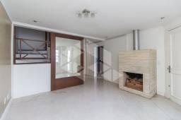Casa de condomínio para alugar com 3 dormitórios em , cod:I-002760