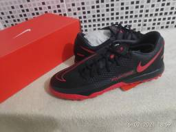 Chuteira Society Nike Phantom GT ACADEMY