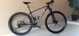 Título do anúncio: Bike MTB 29 carbono TAM 19