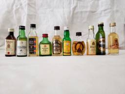 Whisky Miniaturas ( Lote C/ 26 Miniaturas )