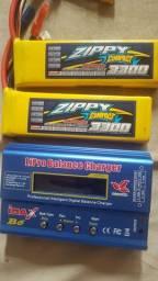 2 baterias zippy 3300 mais carregador imax