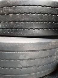 Pneus 275/80-22.5 Bridgestone