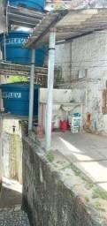 Aluga ótima Kitnete em São Gonçalo no bairro Paraíso