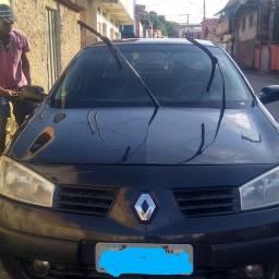 Vendo ou troco um Renault megane SD EXPR despenso curioso