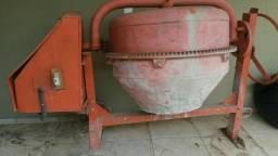 Betoneira usada 400 litros