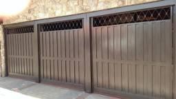 Portões (3), porta e motores