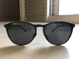 Óculos de Sol Preto Veithdia