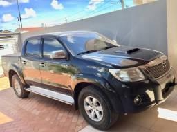 Vendo Hilux SRV Auto - 2012