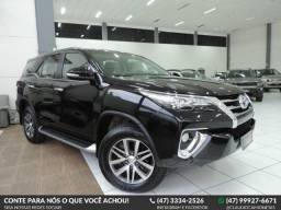 Toyota Hilux SW4 SW4 2.8 SRX 4X4 - 2017