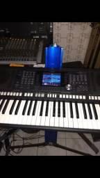 Teclado Yamaha PSR s950 $5.000,00