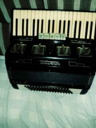 Acordeon Todeschini 80 bx