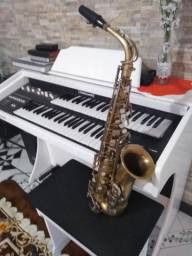 Sax alto Weril desplacado naturalmente