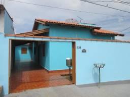 Casa à venda com 3 dormitórios no Nova Esperança, Rio Branco. Financia