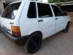 Fiat Uno 2000 Básico - 2000
