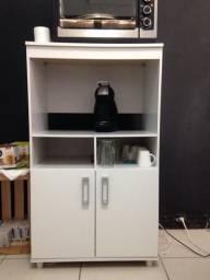 Balcão de forno e microondas