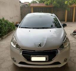 Peugeot 208 - 2014