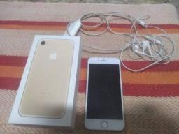 Título do anúncio: Vendo IPhone 7 32 G dourado