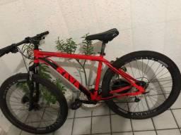 Bicicleta rava pressure vermelha aero 29,estado de nova