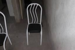 Cadeira de Jantar em Ferro Branco 92 cm x 35 cm x 39 cm (valor unitário)